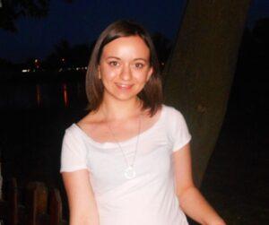 Şirin İsmail Filibe Üniversitesi  İngilizce Türkçe Bölümü öğrencisi