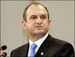 Vlado-Buckovski-makedonya-eski-basbakan